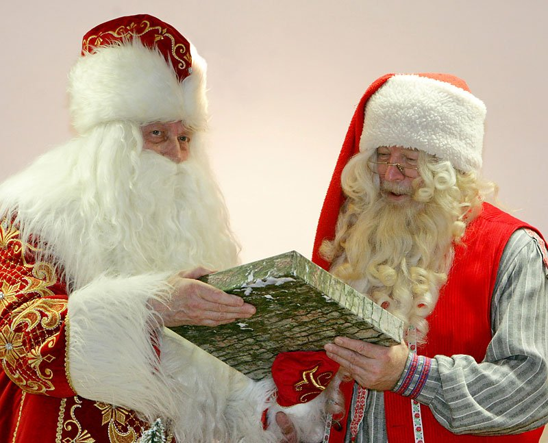 The Belarusian Father Frost and the Finnish Santa Claus (Joulupukki) meet in Minsk (2010)